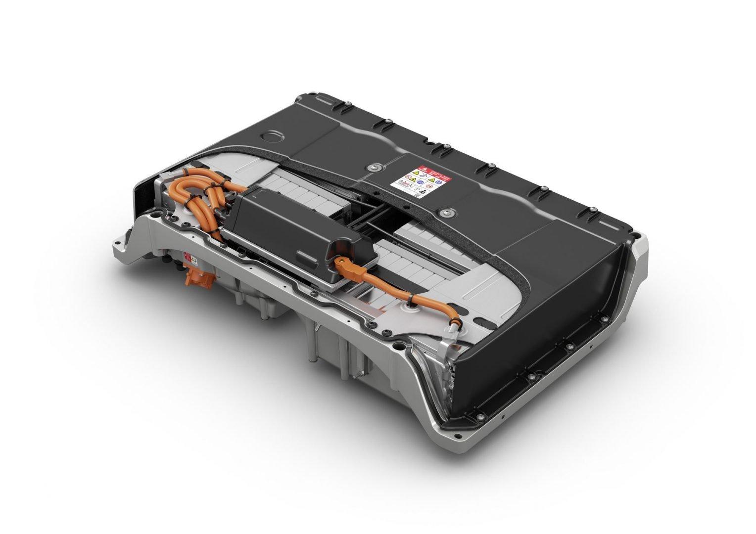 Cómo cuidar la batería de tu coche eléctrico
