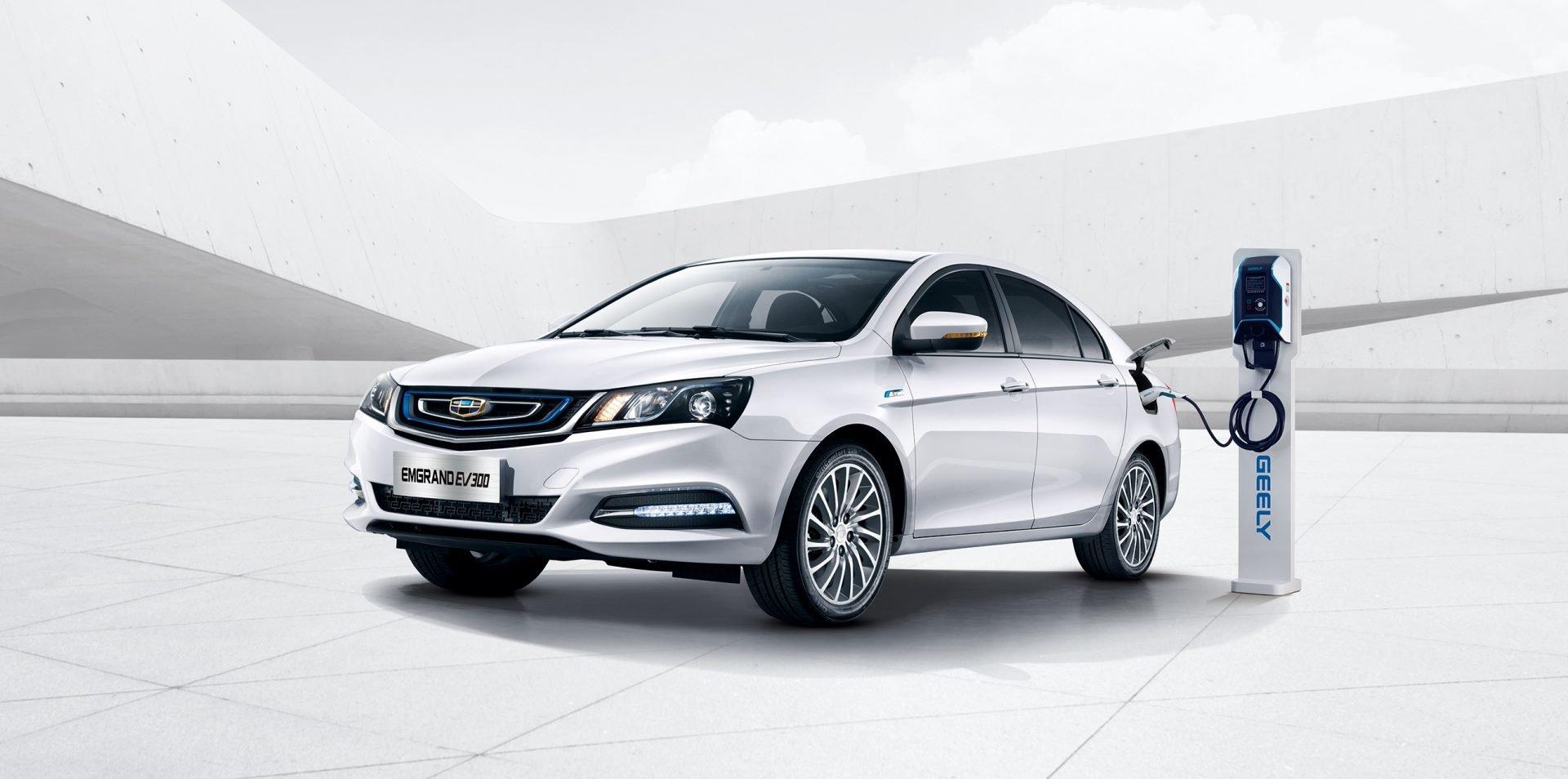 China fabrica mas coches eléctricos que el resto del mundo