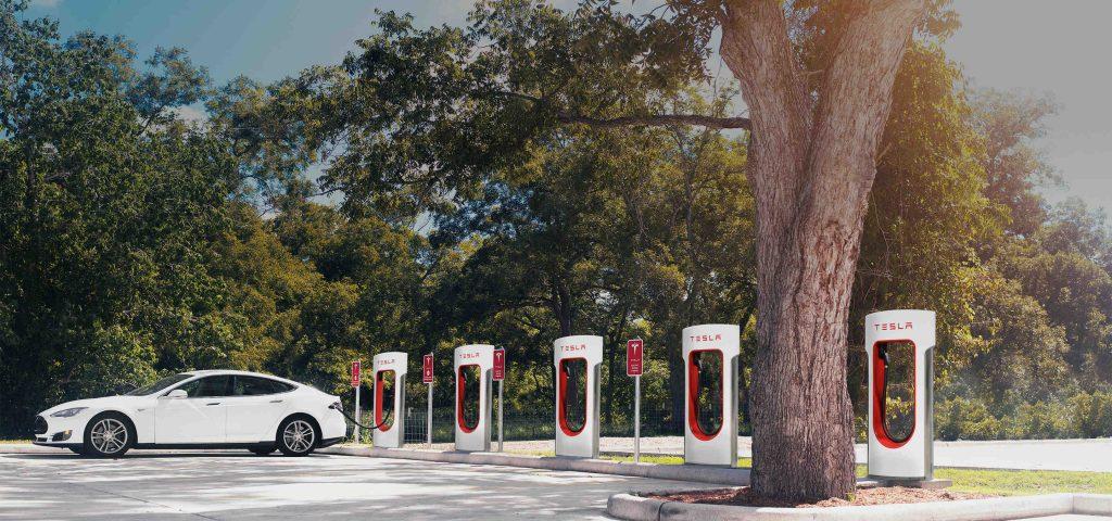 ¿Puedo cargar mi coche eléctrico en un destination charger?