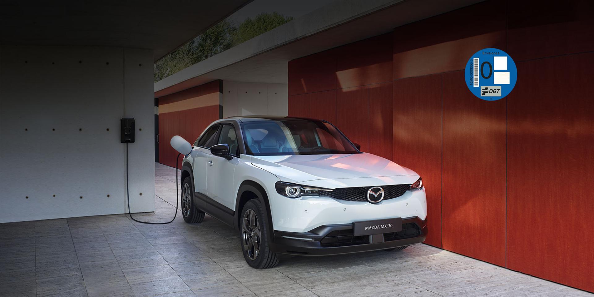 Mazda MX-30. 2020 es el año del coche eléctrico